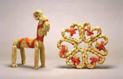 chèvre et couronne en paille SUEDE